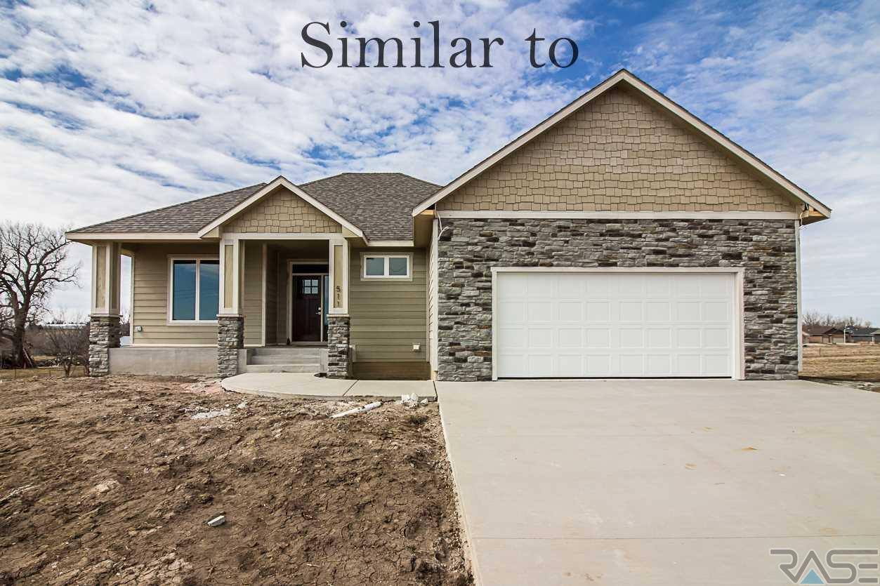 509 S Red Spruce Ave, Sioux Falls, SD 57110