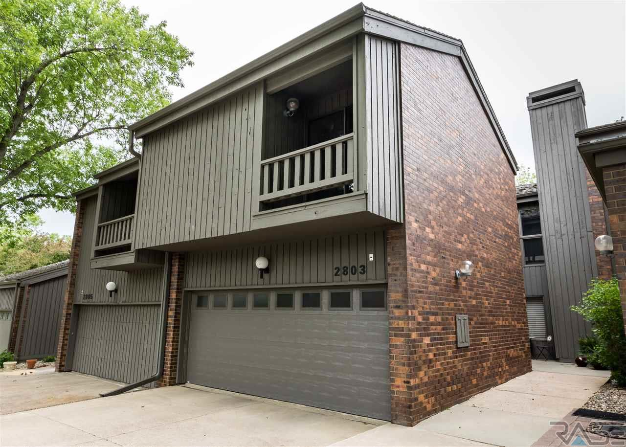 2803 S Ridgeview Way, Sioux Falls, SD 57105