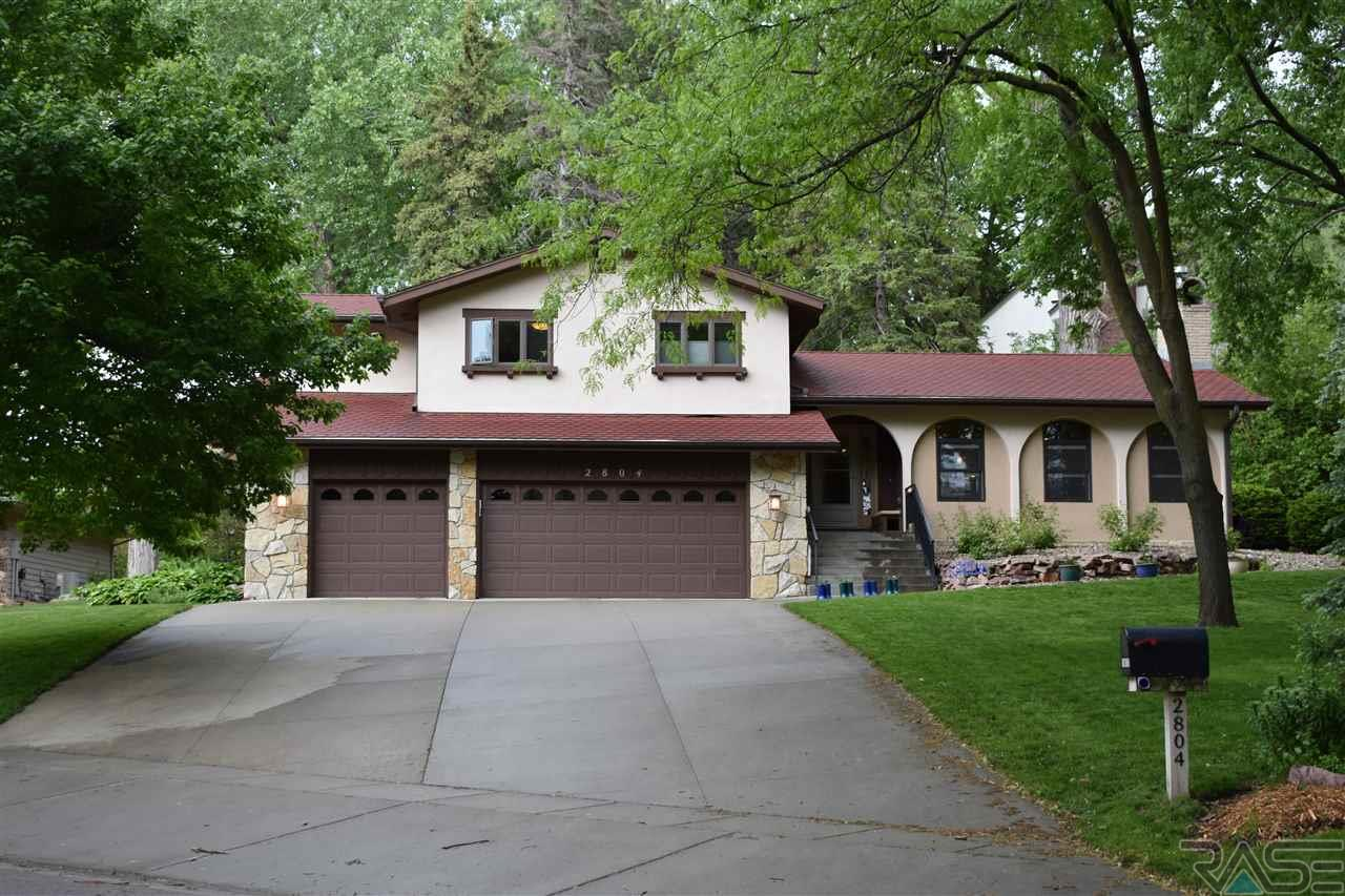 2804 S 4th Ave, Sioux Falls, SD 57105