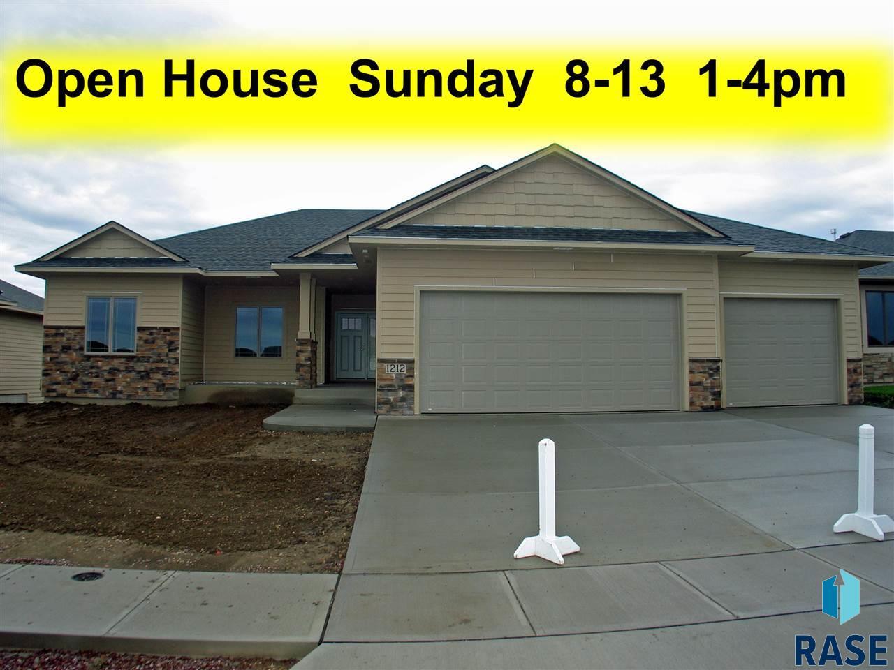 1212 South Wheatland Ave, Sioux Falls, SD 57106