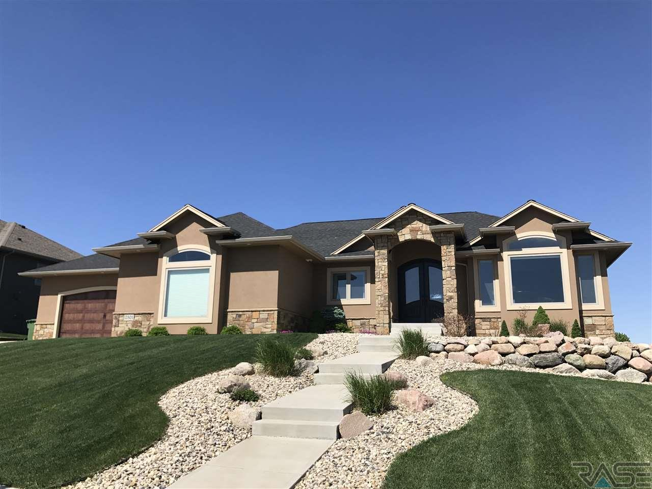 7301 S Meredith Ave, Sioux Falls, SD 57108