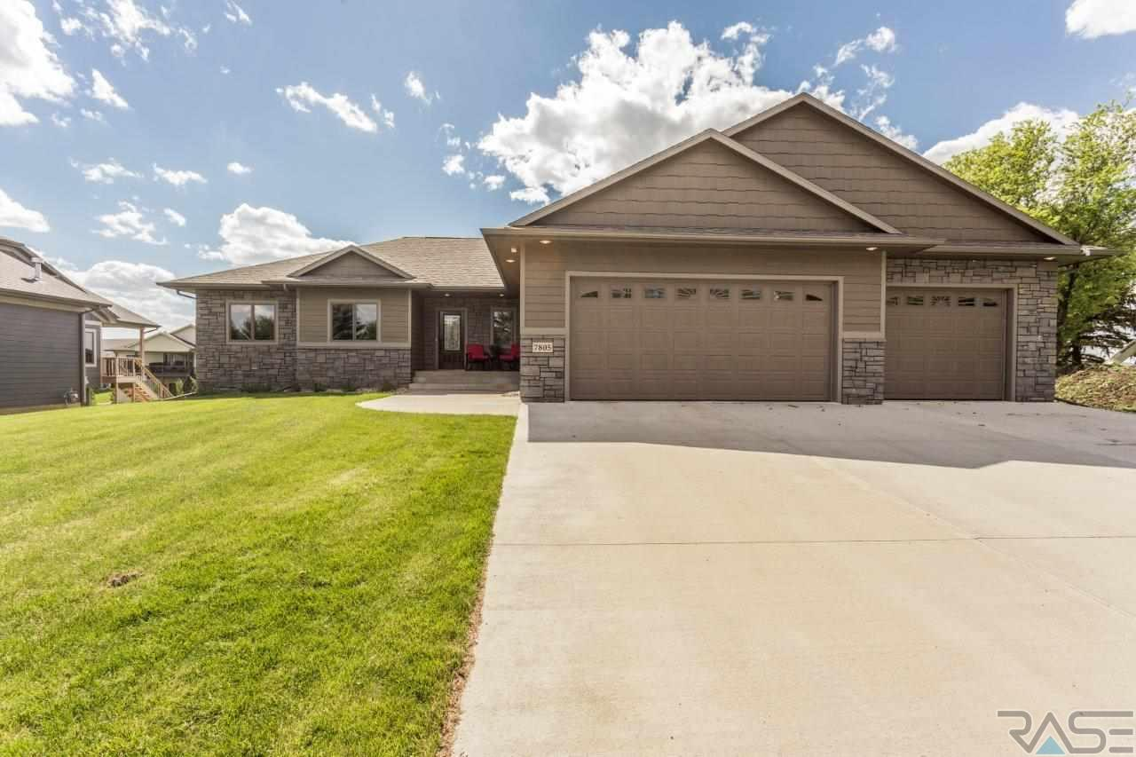 7805 S Brande Ave, Sioux Falls, SD 57108