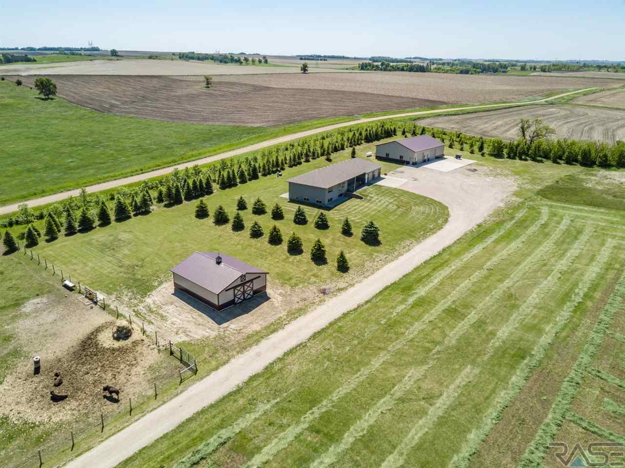 48297 258th St, Brandon, SD 57005