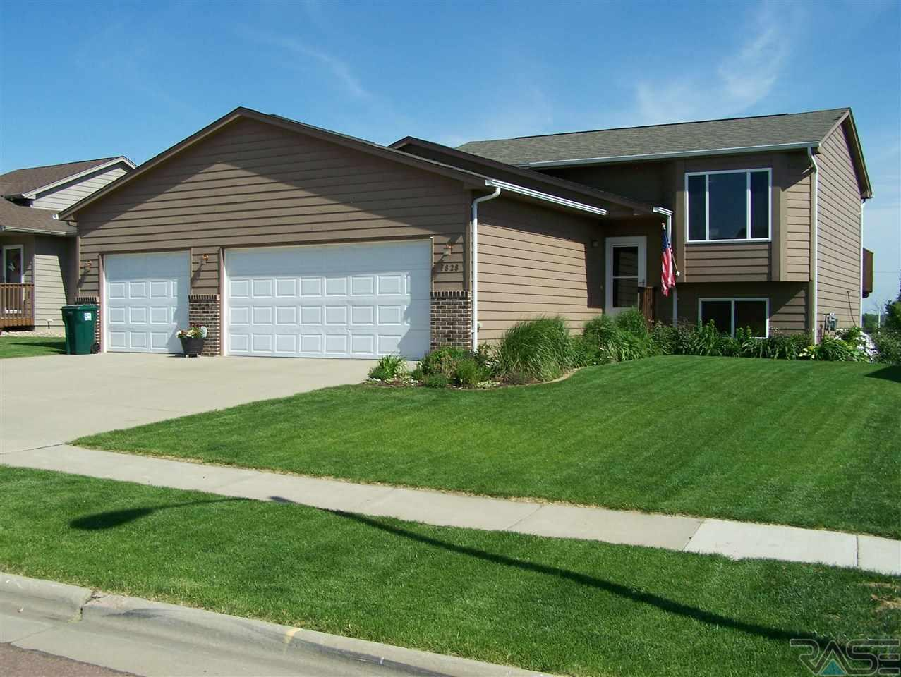7828 W Browning St, Sioux Falls, SD 57106