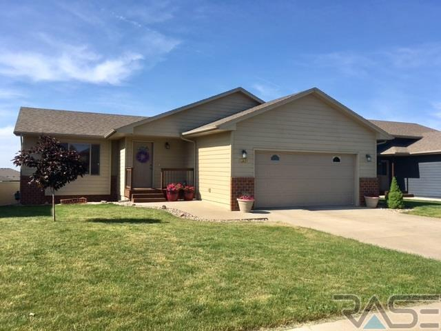 8609 W Lavern Wipf St, Sioux Falls, SD 57106