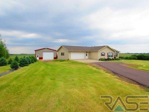25444 486th Ave, Garretson, SD 57030