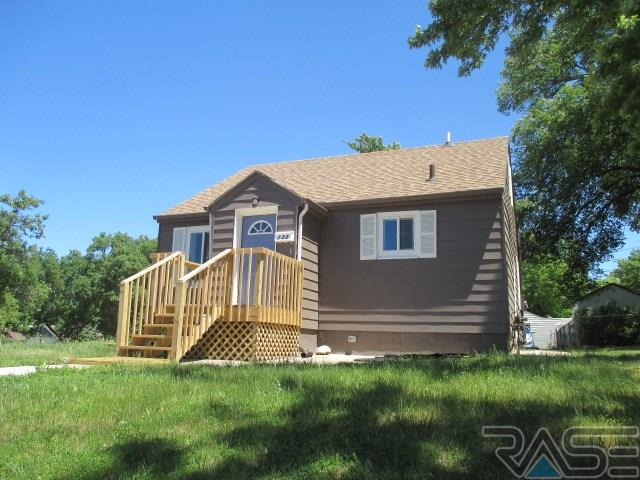 132 N West Ave, Sioux Falls, SD 57104
