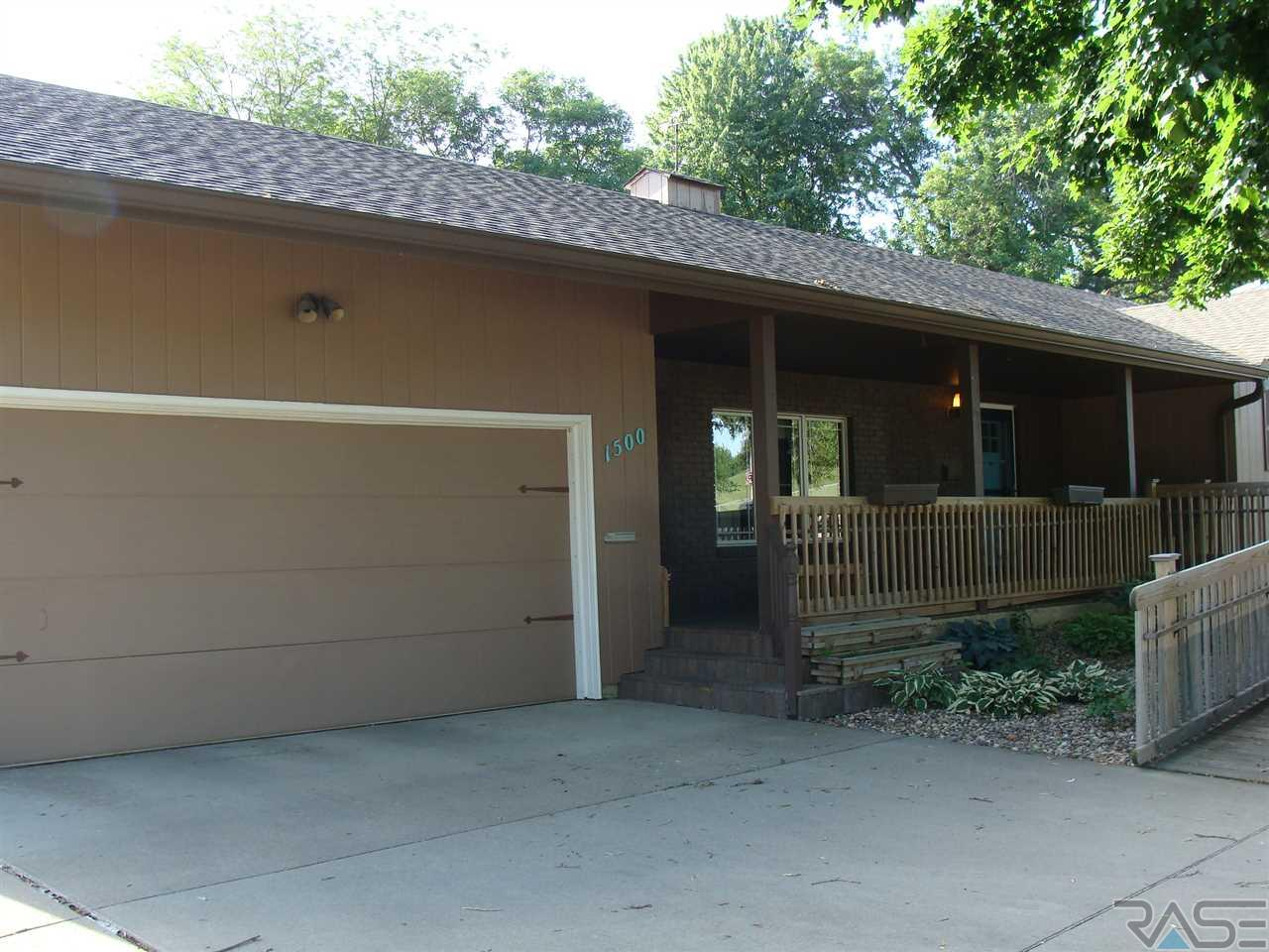 1500 S Kiwanis Ave, Sioux Falls, SD 57105