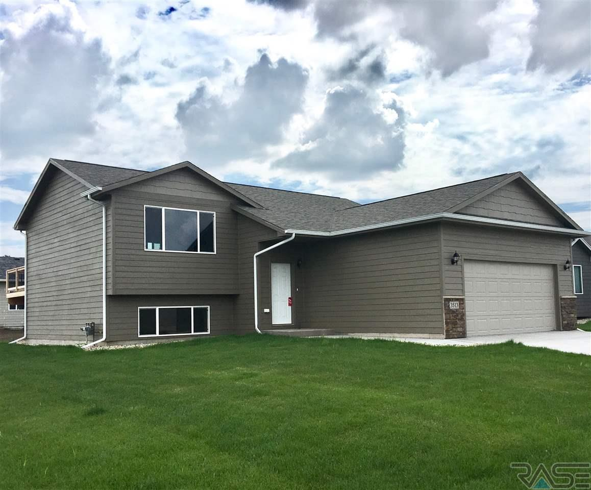 3513 E Brewster St, Sioux Falls, SD 57108