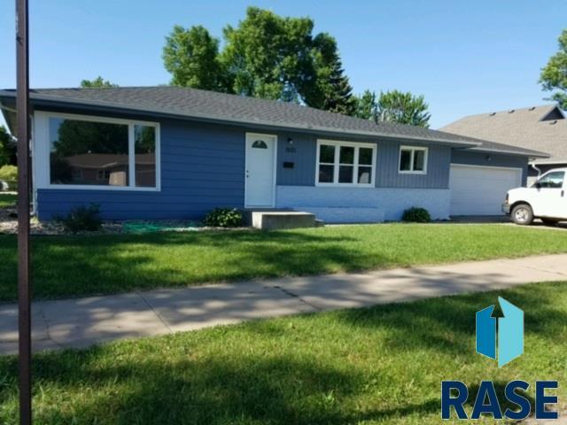 1601 W 37th St, Sioux Falls, SD 57105