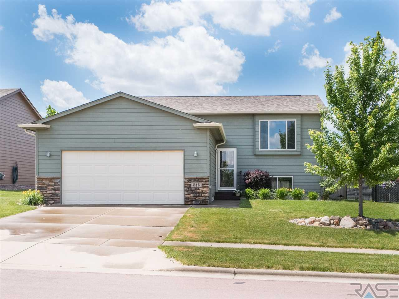 515 S Clearbrook Ave, Sioux Falls, SD 57106