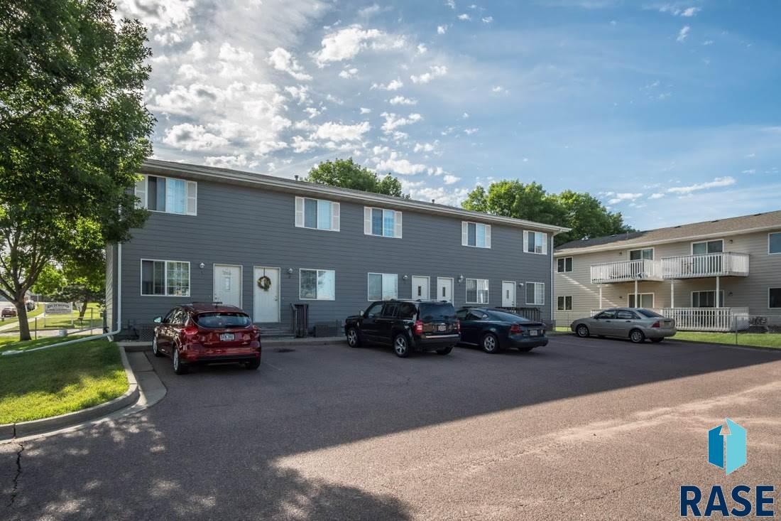 4501 E 3rd St 1-5, Sioux Falls, SD 57103