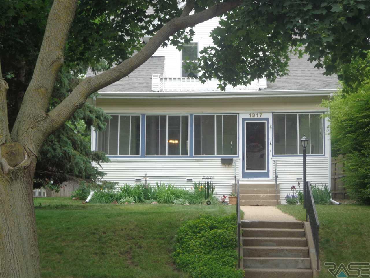 1317 S Main Ave, Sioux Falls, SD 57105