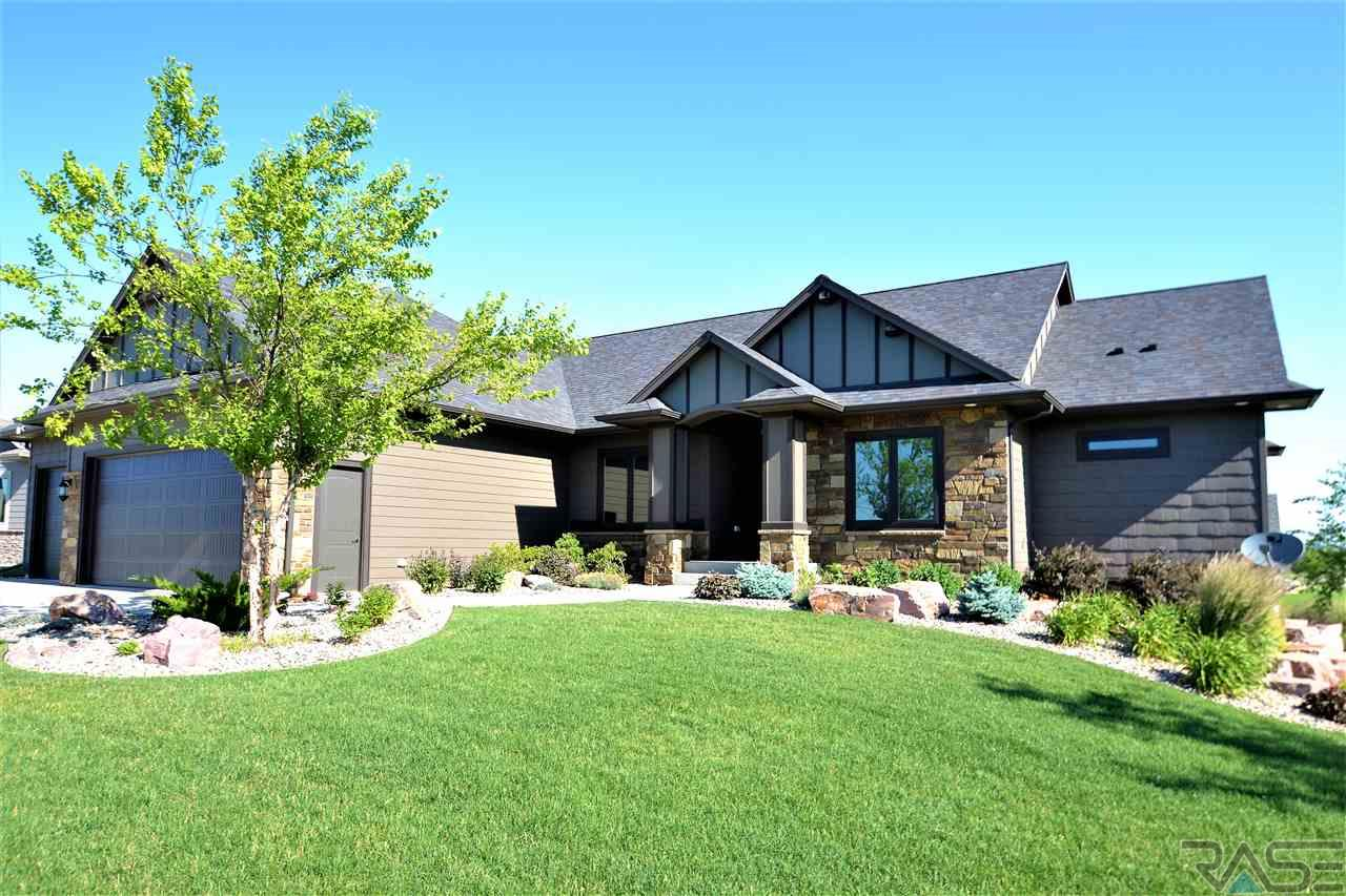 9300 W Kingfisher Dr, Sioux Falls, SD 57107