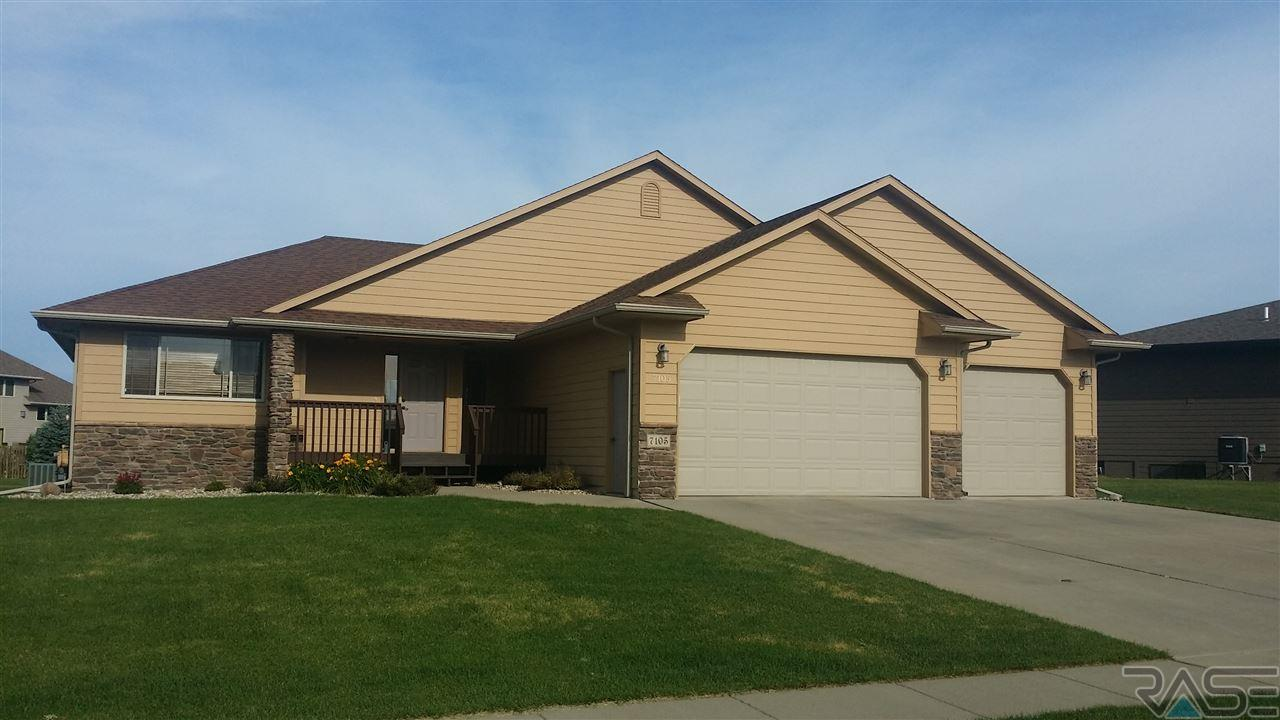 7105 S Grange Ave, Sioux Falls, SD 57108