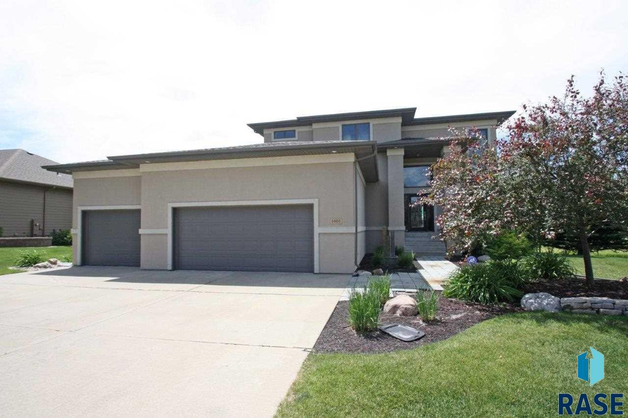 1601 W Laquinta Ave, Sioux Falls, SD 57108