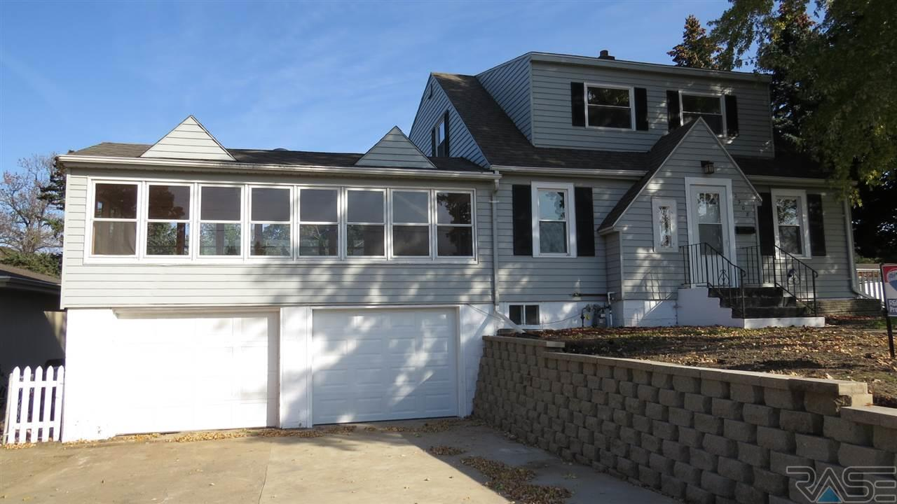2308 S Cliff Ave, Sioux Falls, SD 57105