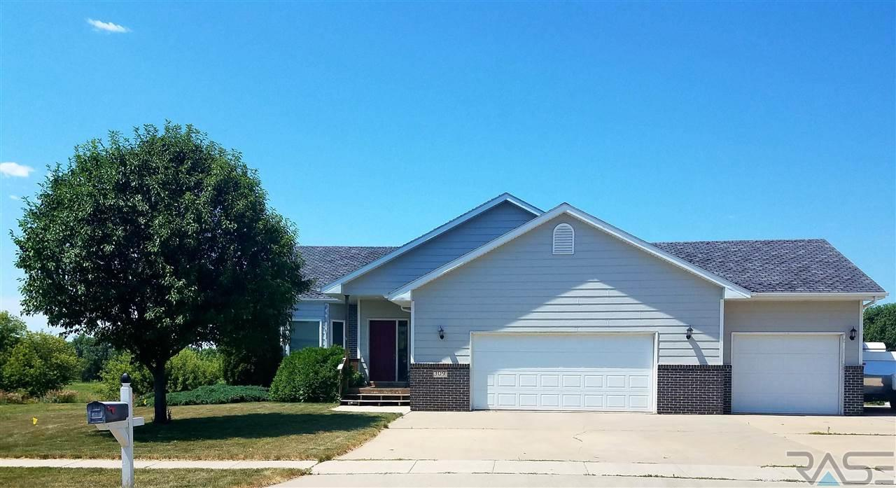 309 N Dominic Ave, Sioux Falls, SD 57107