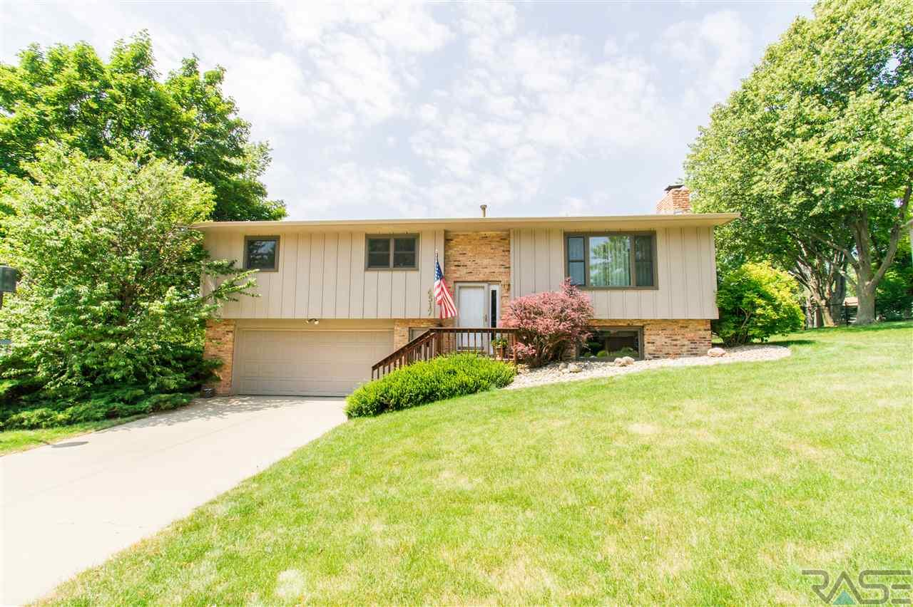 4517 S Glenview Rd, Sioux Falls, SD 57108