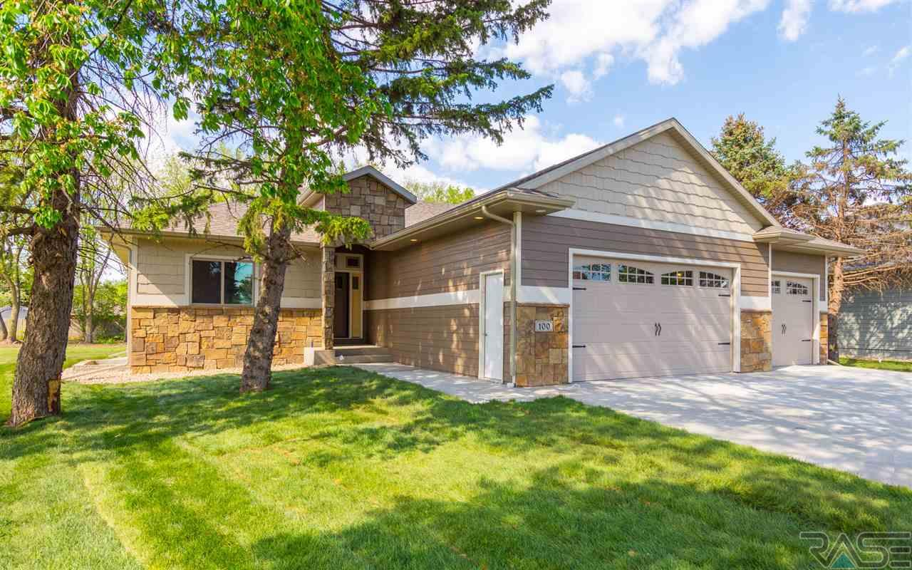 100 E Ponderosa Cir, Brandon, SD 57005