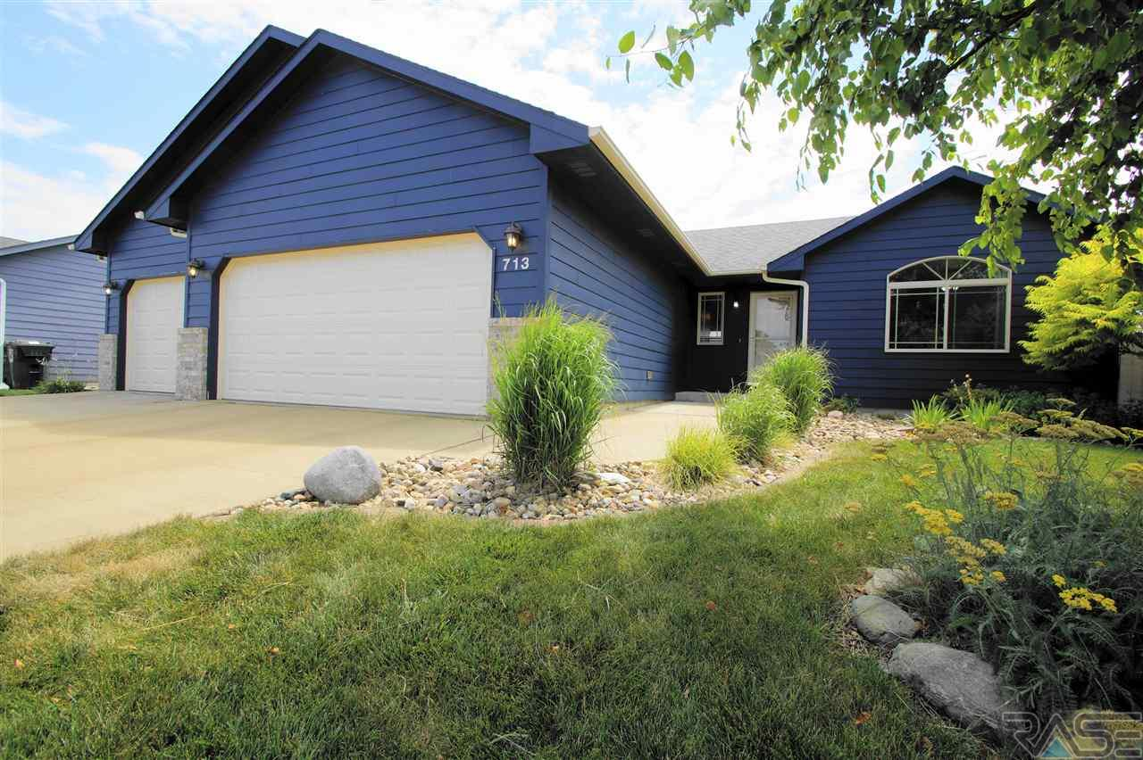 713 Saint Gregory St, Harrisburg, SD 57032