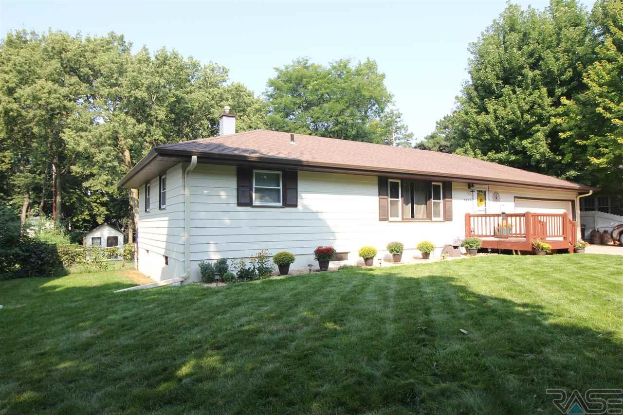 1813 S 6th Ave, Sioux Falls, SD 57105