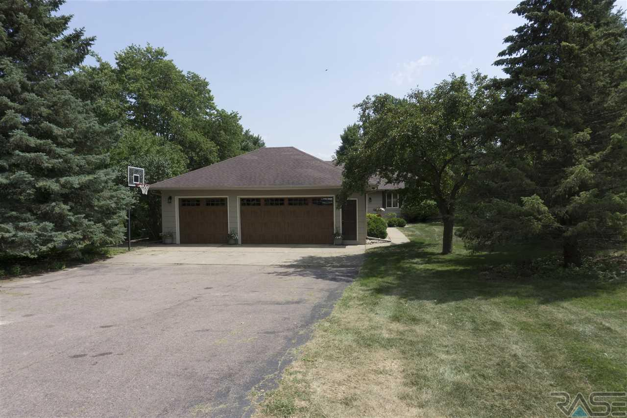 48003 Woodsong Pl, Sioux Falls, SD 57108