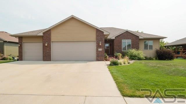 1720 S Parkview Blvd, Brandon, SD 57005