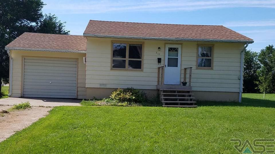 310 W 7th Ave, Milbank, SD 57252