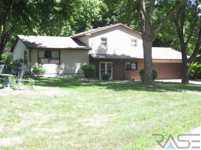 1210 N Orleans Ave, Dell Rapids, SD 57022