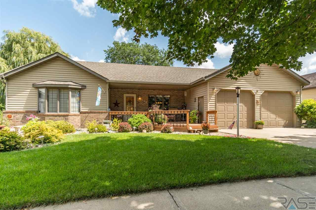 714 N Montgomery Ct, Sioux Falls, SD 57103