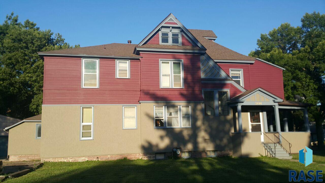 632 W 7th St, Sioux Falls, SD 57104
