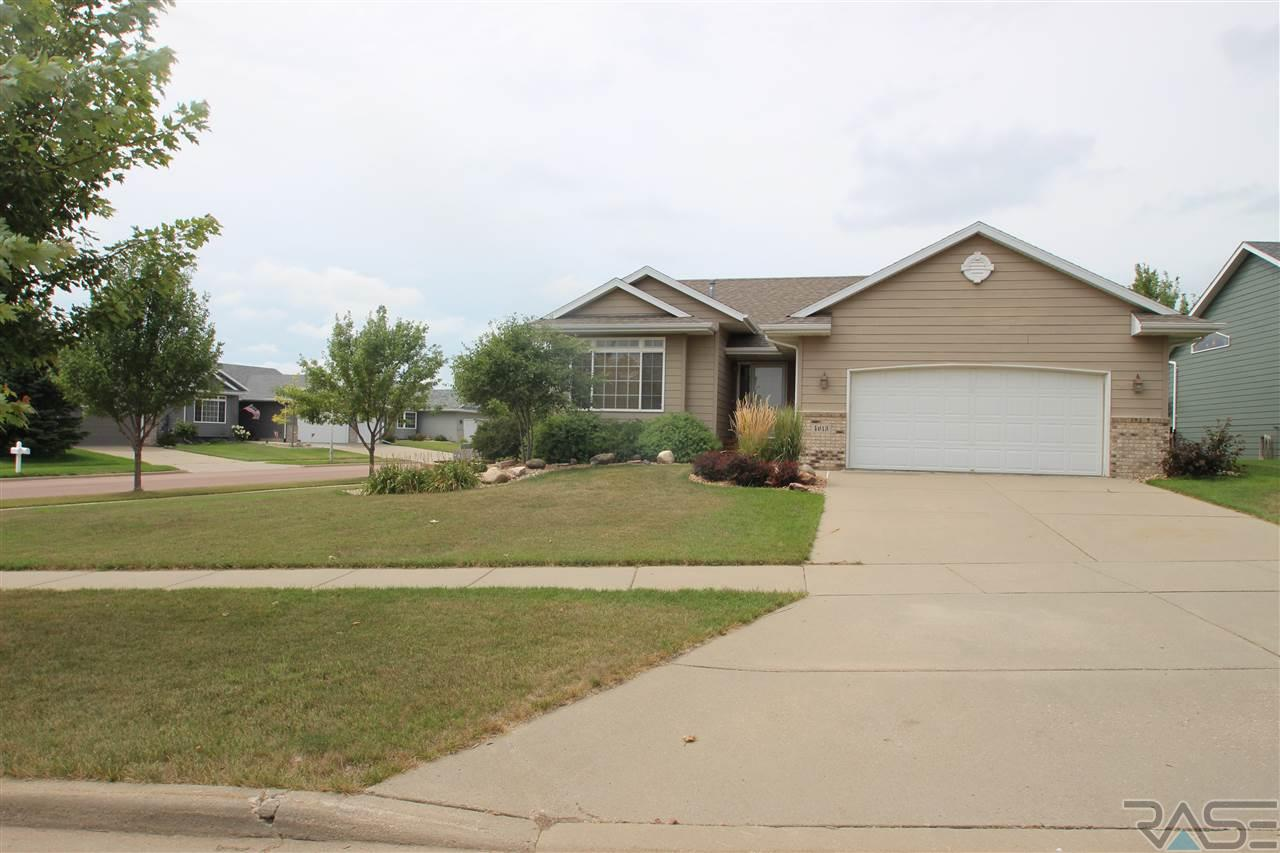 4613 Galway Ave, Sioux Falls, SD 57106