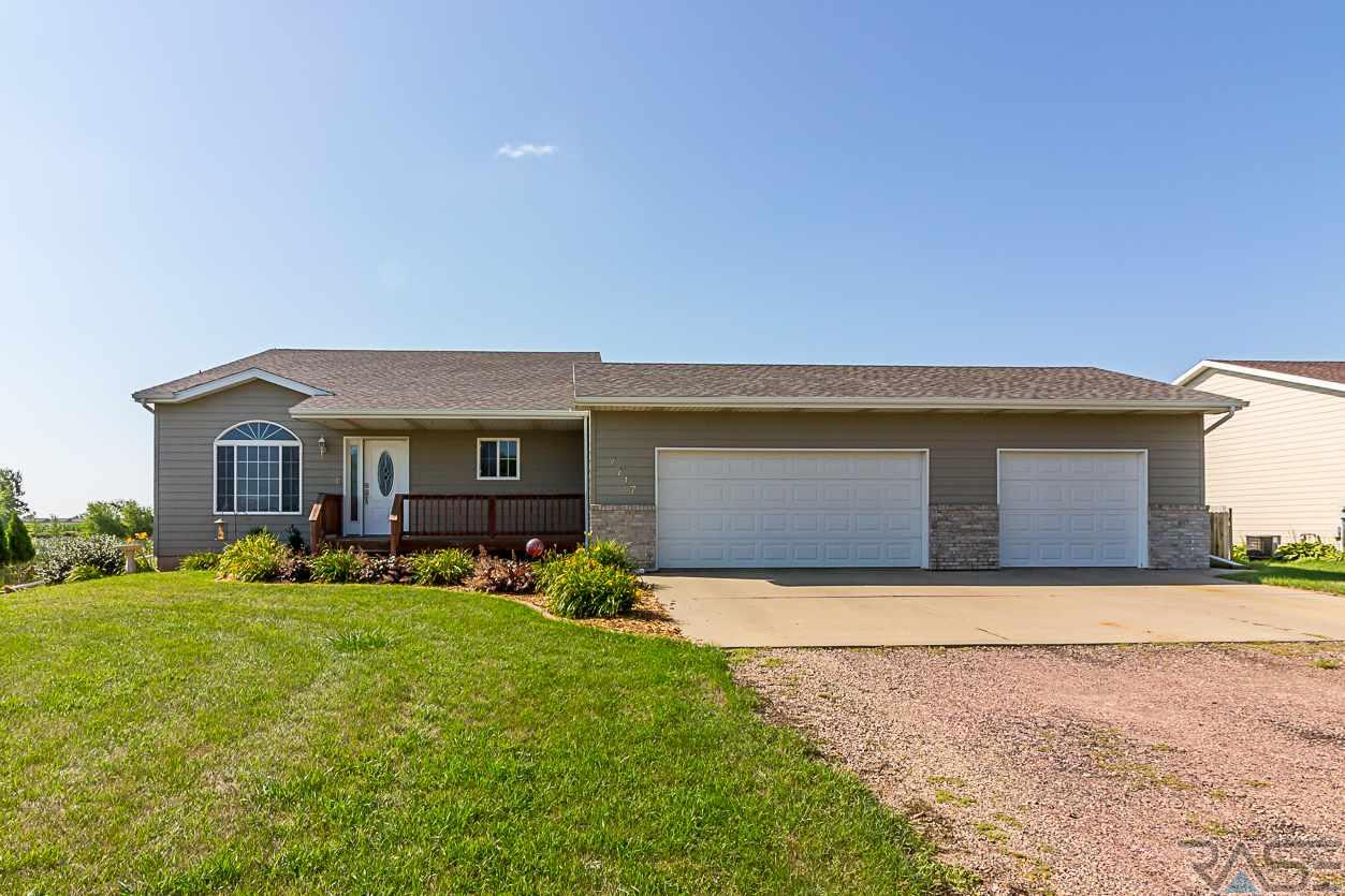 7717 W 42nd St, Sioux Falls, SD 57106