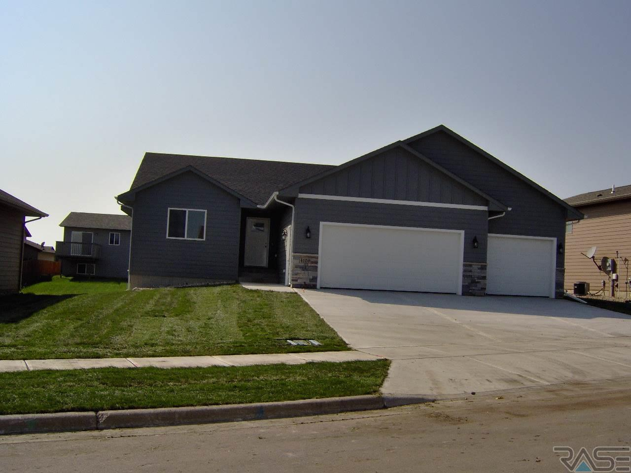 4109 S Outfield Ave, Sioux Falls, SD 57110