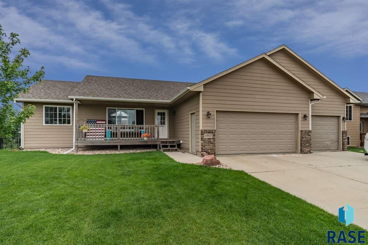5905 N Sand Ave, Sioux Falls, SD 57104