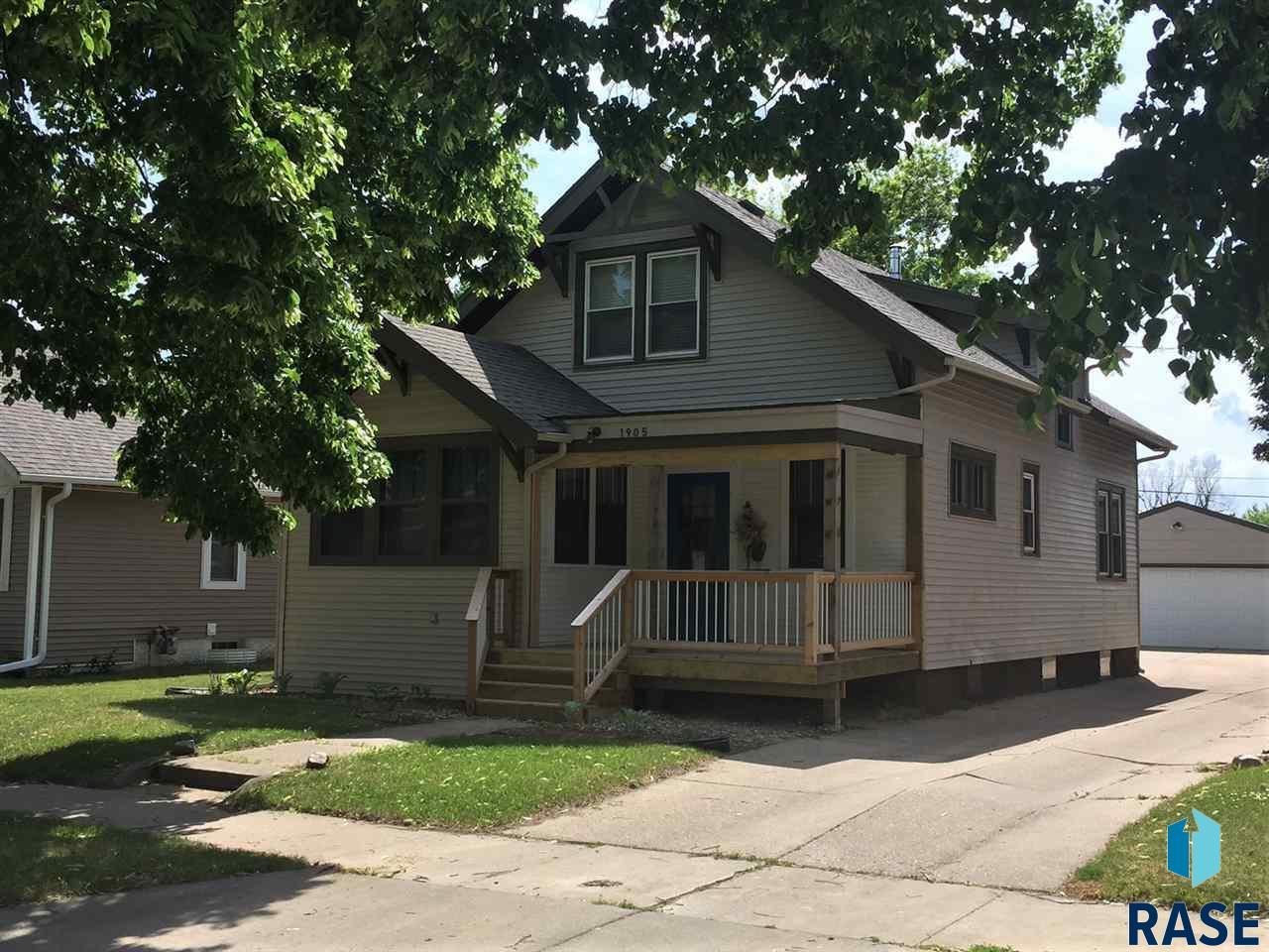 1905 S Dakota Ave, Sioux Falls, SD 57105