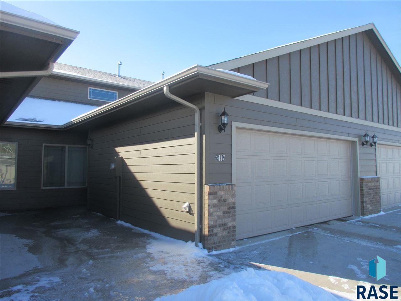 falls doors vineyard garage sandness mentele property sioux sd s team ave