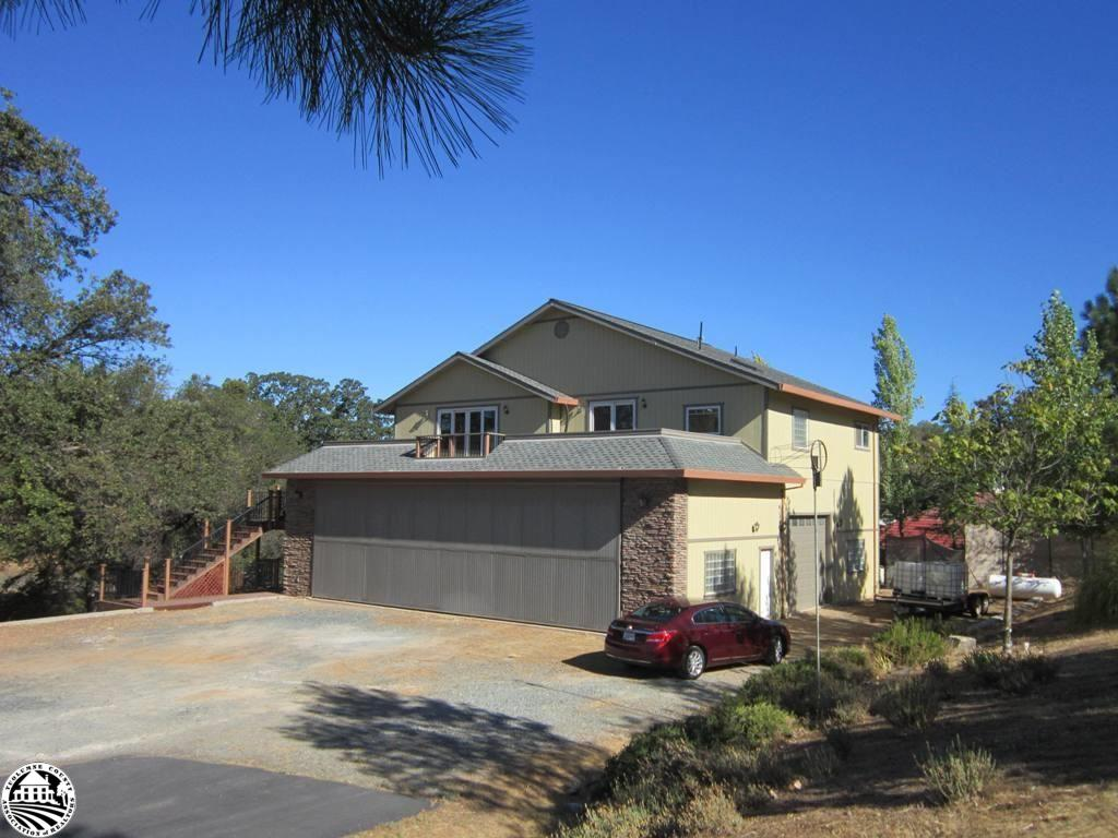 21009 Owl Court, Groveland, CA 95321