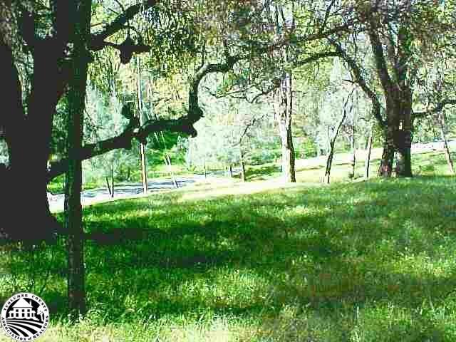 4-13 Crescent Way, Groveland, CA 95321