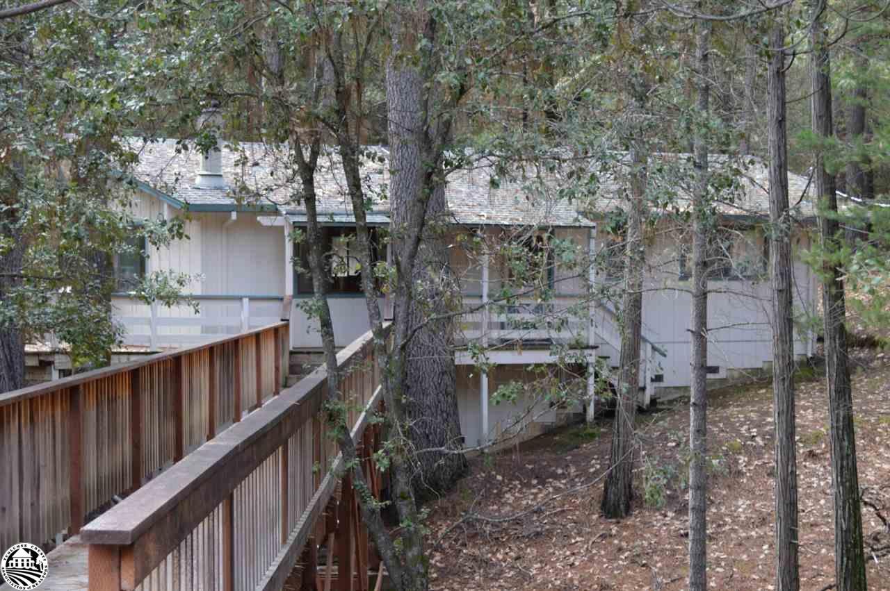 20011 Pine Mountain Dr, Groveland, CA 95321