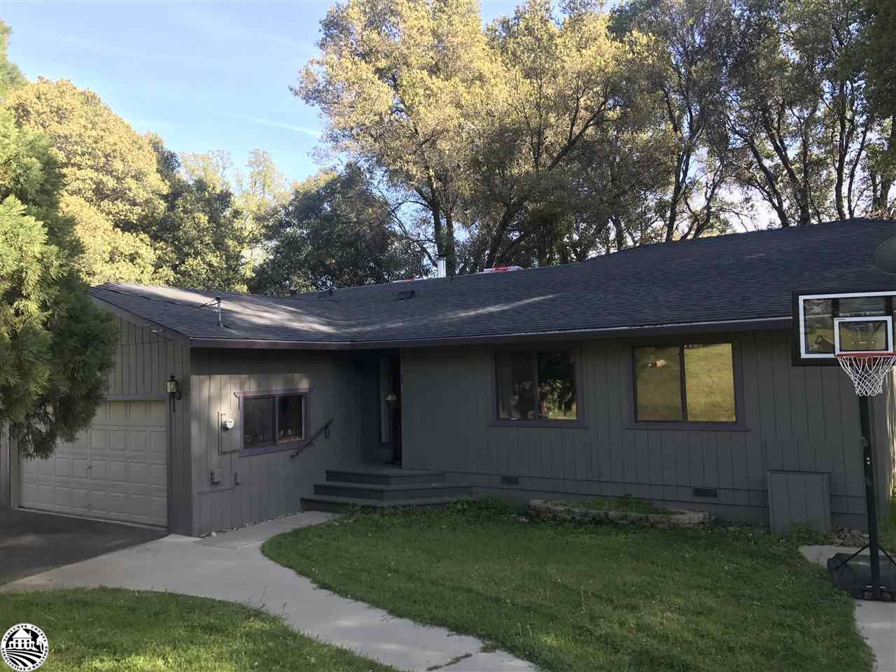 20663 Ferretti Road, Groveland, CA 95321