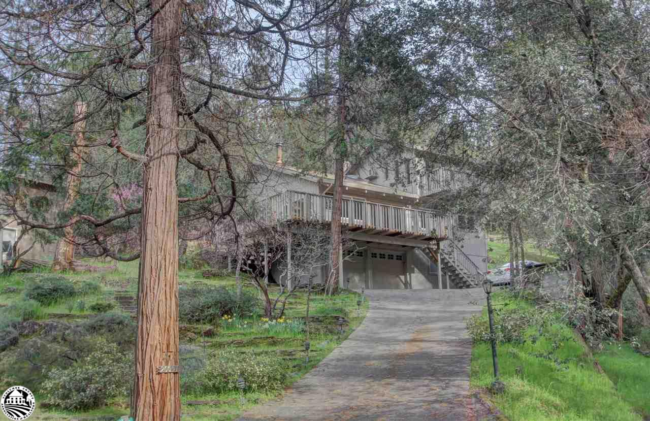 20057 Upper Skyridge Drive, Groveland, CA 95321