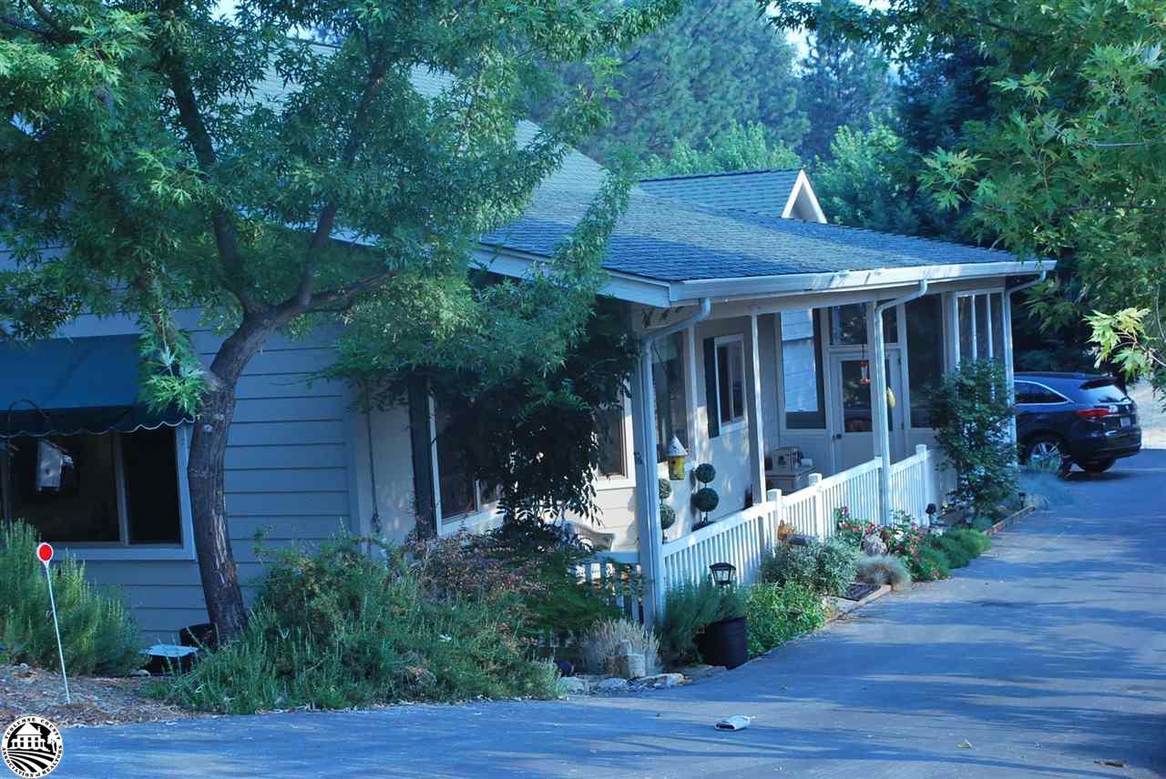 19624 Cottonwood Street, Groveland, CA 95321