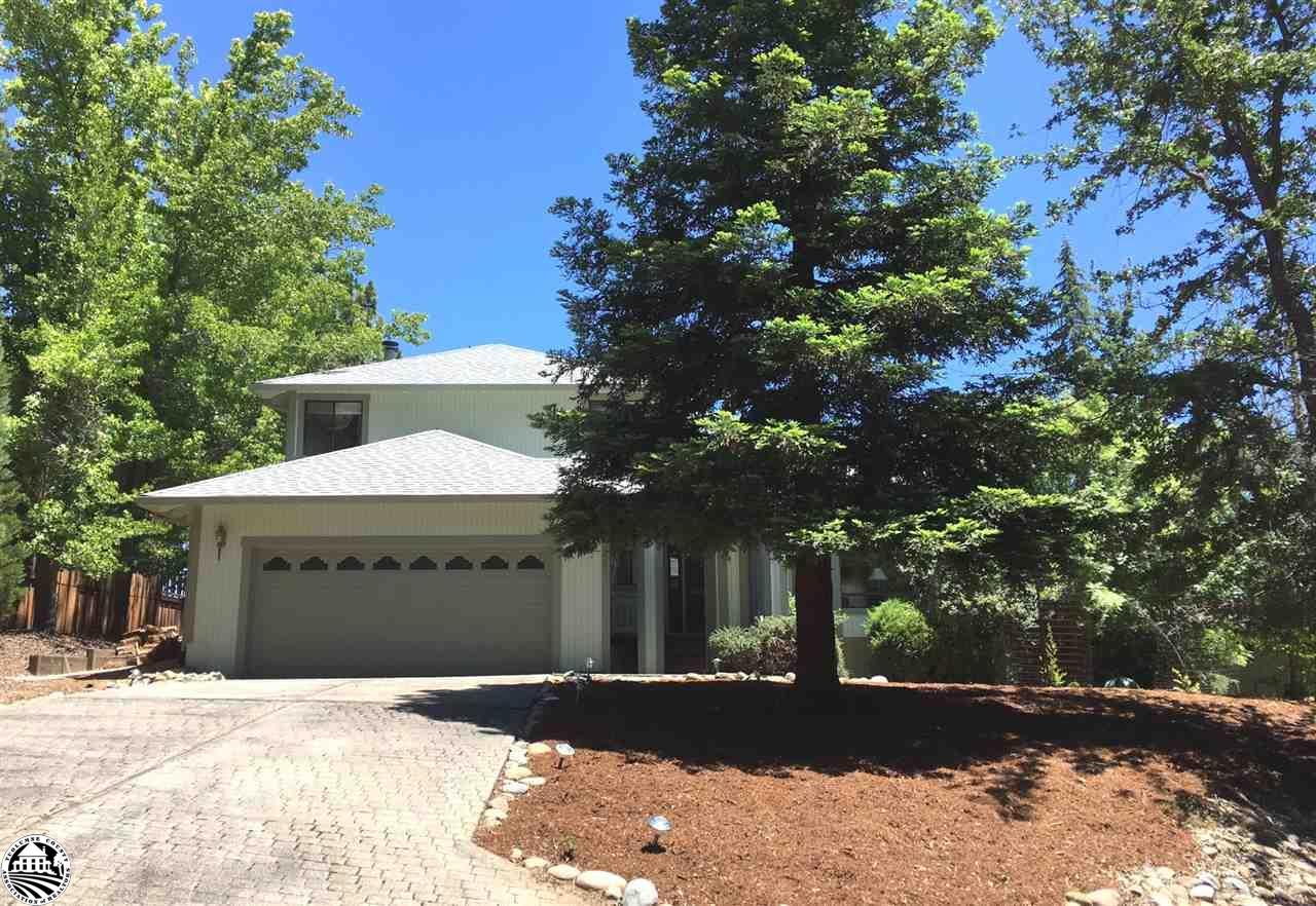 12599 Tannahill Drive, Groveland, CA 95321
