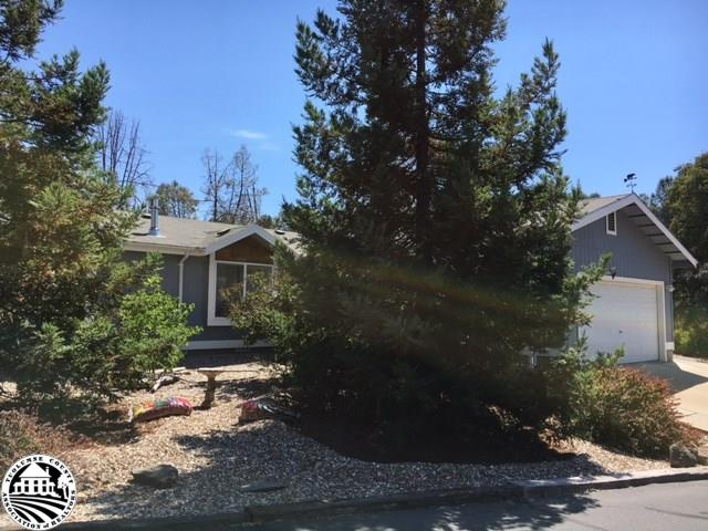 22782 Rolling Woods Dr, Groveland, CA 95321