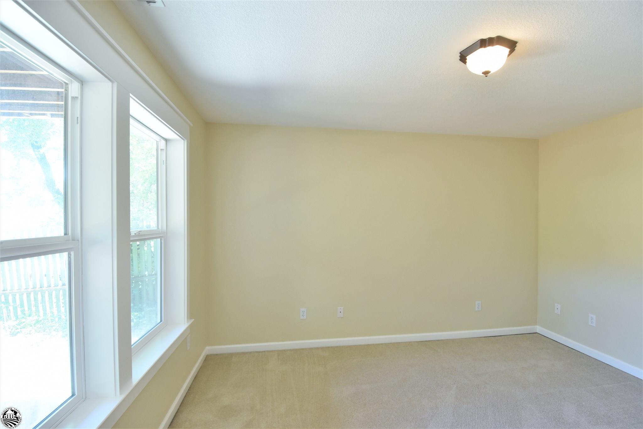 Property Photo 33