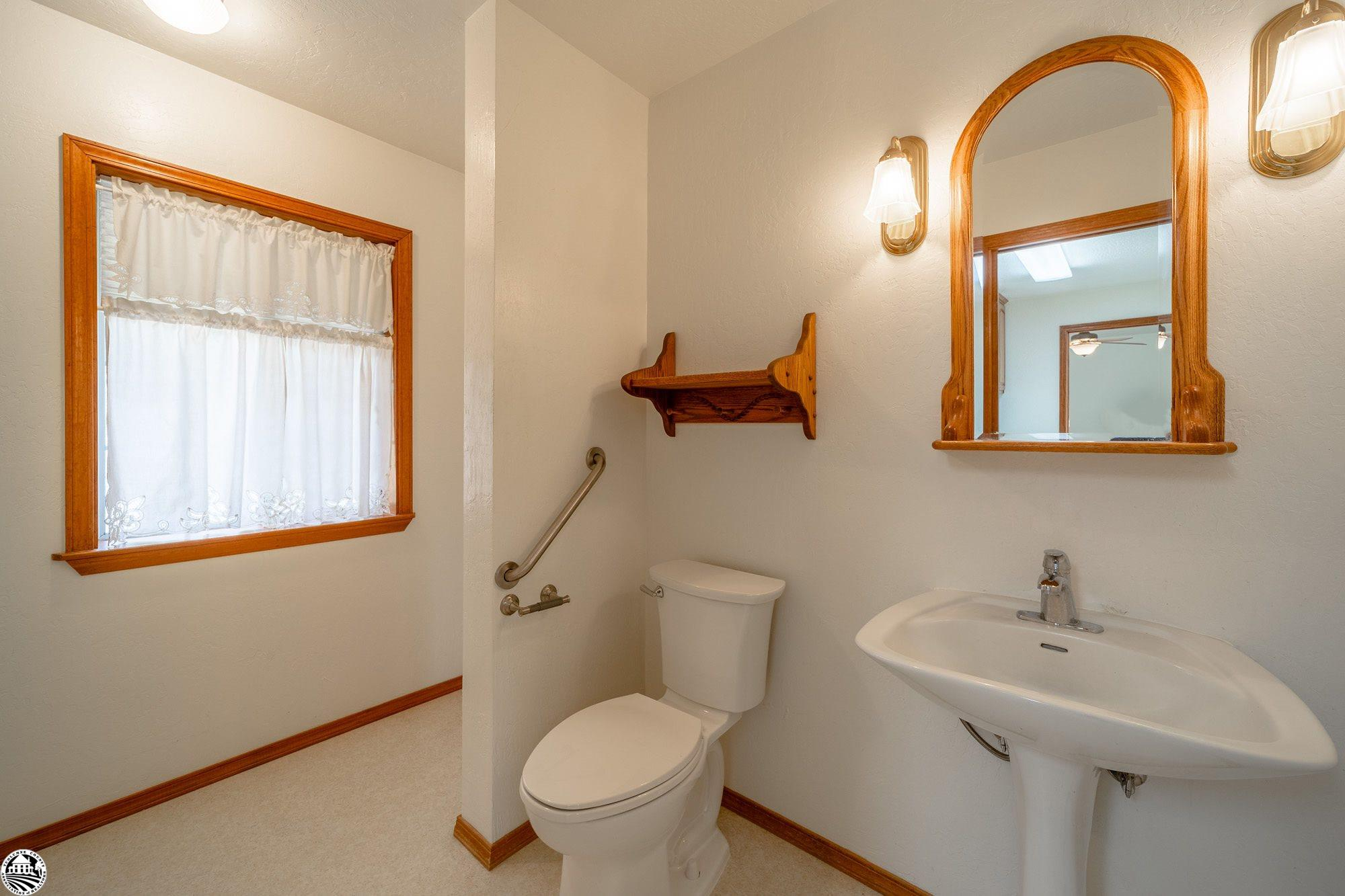 Property Photo 23