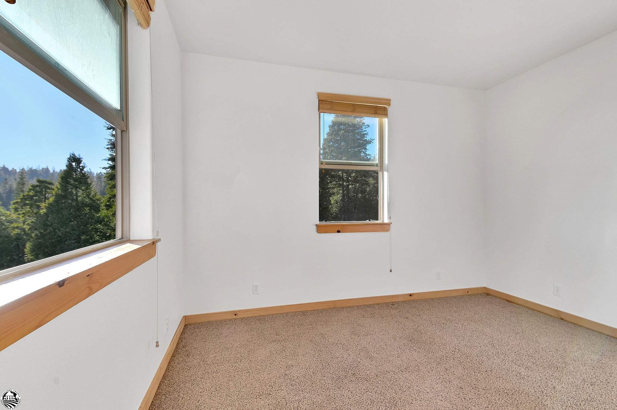 Property Photo 40