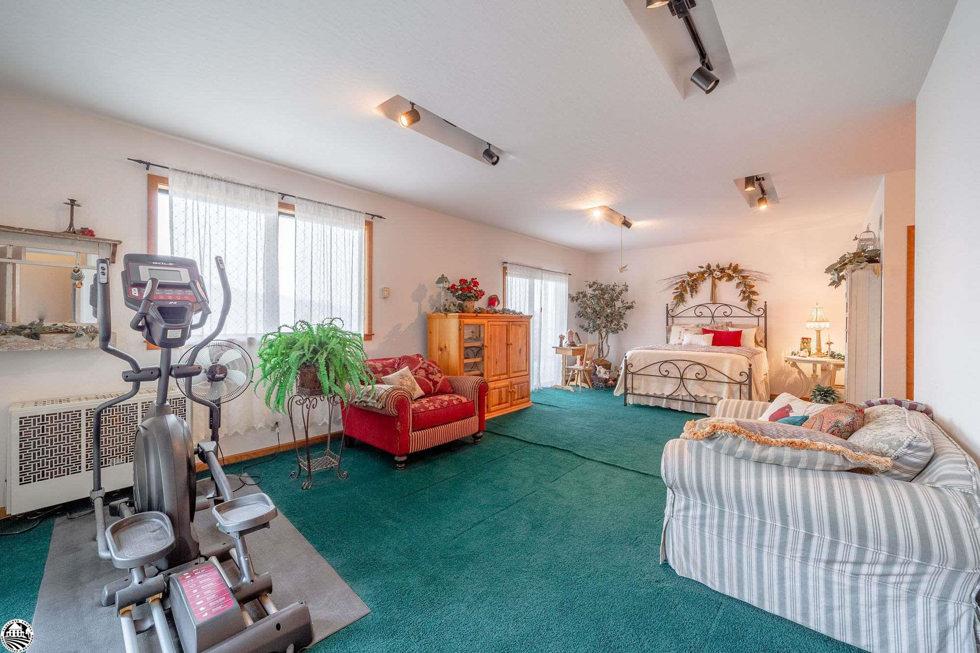 Property Photo 24